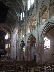 Notre-Dame-en Vaux # 12 (schreibtnix on' n off) Tags: france travelling church architecture reisen frankreich champagne gothic kirche architektur worldheritage gotik weltkulturerbe chalonenchampagne notredameenvaux olympuse3