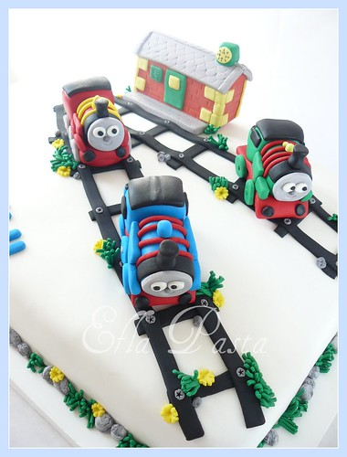 train thomas and friends cake