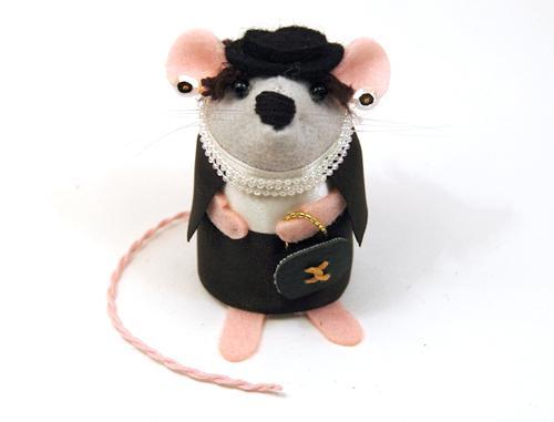 Tra Tutti  Coco Chanel-O-Mouse