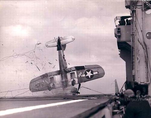 4193709035 ddcfca7c76 o Foto Berbagai Macam Kecelakaan Pesawat