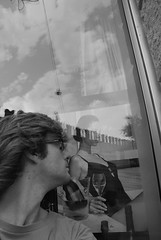 italy: verona (maddau) Tags: blackandwhite bw italy blancoynegro italia bn verona autoritratto vetrina ritratto biancoenero autoscatto fotografo vetro veneto photomaker nordest autoshot nikond60