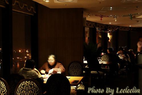 基隆麗榮皇冠大樓高樓景觀餐廳|鬥牛士牛排|基隆信一路美食餐廳|近基隆廟口|基隆港夜景