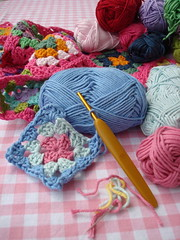 WIP granny square blanket (Hoekie) Tags: pink square crochet hook granny bypetra