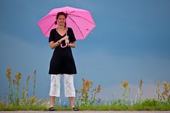 Prepared for rain (Hkan Dahlstrm) Tags: pink rose marie umbrella sweden schweden rosa fav20 explore sverige helsingborg roze sude svezia fav10 explored powmerantusenord skanelan odakra