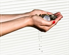 Out-Take 35/365: I spend money like water. (kleiner_kolibri) Tags: white water austria coin fuji hand arm coins finger polish krnten carinthia fujifilm 365 nailpolish 2009 klagenfurt project365 365days ebenthal 35365 246365 200935365 2009246365 35365project365