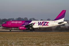 HA-LPN - Wizzair - Airbus A320-232 (A320) - Luton - 090106 - Steven Gray - IMG_5060