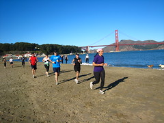 Running at Crissy Fields (KOI FITNESS) Tags: sanfrancisco bootcamp bakerbeach koifitness