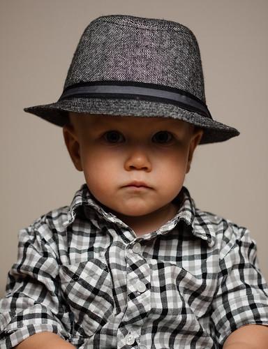 boy portrait hat tuure
