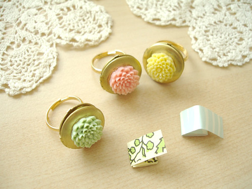 bridesmaid rings: 2