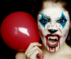 Sweet Clown (Sara_Morrison) Tags: blue red halloween tooth eyes clown teeth makeup fangs rosso pagliaccio palloncino trucco denti halloweenmakeup canini clownmakeup