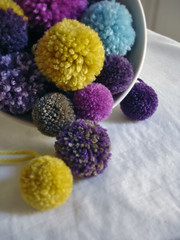 p o m - p o m s (*Leanda) Tags: colour wool fun soft yarn pompoms pompom