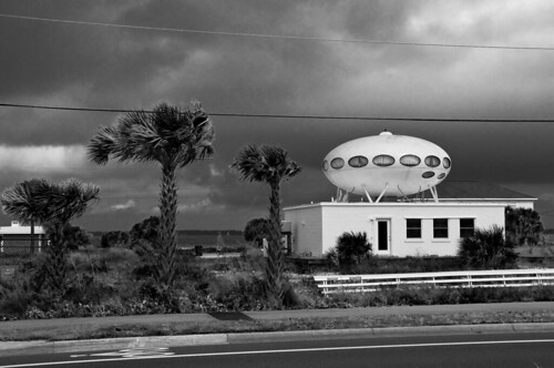 Space house - Pensacola Beach, Fl