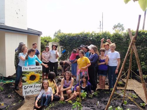 Une journée de jardinnage tous ensemble