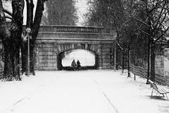 Snowy Paris (c2prods) Tags: street people white snow black paris france de photography noir photographie neige exploration rue et blanc gens urbain urbaine c2prods c2prodscom