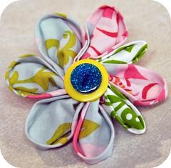 L's kanzashi flower