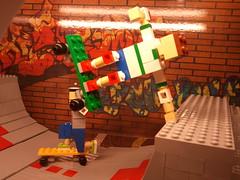 LEGO store diorama: Hold (ksablan) Tags: ramp lego skateboarding display skating vert legos skateboard halfpipe diorama legostore skateramp