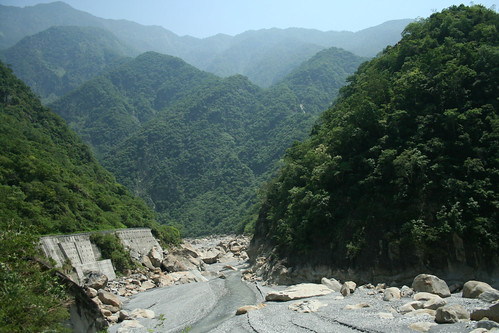 Taiwan 2009 - Taroko Gorge by you.