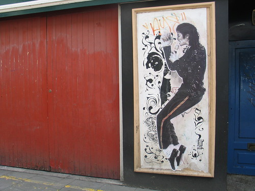 MJ graffiti