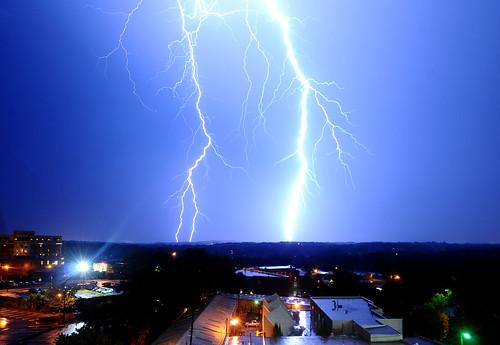 081509_lightning4_kl