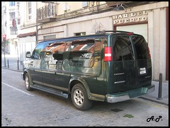 chevrolet express starcraft