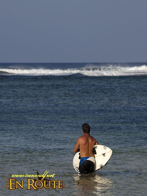 Puraran Beach Surf from afar