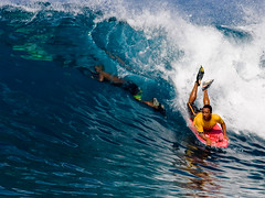 Rabbit @ Rivies (konaboy) Tags: rabbit water hawaii duck surf surfer clarity wave surfing bigisland sponge kona bodyboarding 1218 bodyboard kailuakona mattsolomon rivies