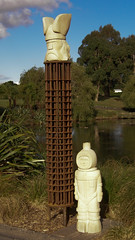 2007-12-23-Stoneleigh-2007-08-02-Tower of Power (russellstreet) Tags: newzealand sculpture auckland nzl manukau towerofpower aucklandbotanicalgardens sculpturesinthegarden2007 stoneleighsculpturesinthegarden2007 davidguerin