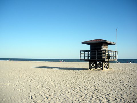 Life Guard Station deserted in October
