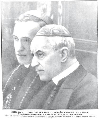 Última fotografía tomada al Cardenal Sancha. A su lado el Nuncio del Papa Monseñor Rinaldini. Fotografía de Lucas Fraile para revista Nuevo Mundo