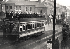 049111:Tram Scotswood Road/Park Road Elswick Unknown 1910 (Newcastle Libraries) Tags: transport tram trams newcastleupontyne tynesidelifeandtimes transporttynesidelifeandtimesnewcastleupontyne