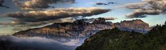 La Torrota y Montserrat, Vacarisses (E) (Panoramyx) Tags: panorama españa spain catalonia panoramica montserrat catalunya espagne hdr cataluña spanien spagna abadía catalogna espanya katalonien catalogne vallèsoccidental vacarisses torrota