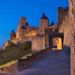 Carcassonne: Cité médiévale, Porte d'Aude de nuit
