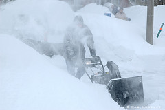 Winter Storm 2008 (Rob Huntley Photography - Ottawa, Ontario, Canada) Tags: winter snow storm blowing laneway snowfall snowblower huntley robhuntley robhuntleyphotography