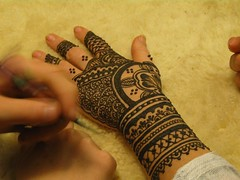 IMG_2966 (henna.elements) Tags: flower art tattoo design hands glove henna mehendi bodyart 7inna mehandi