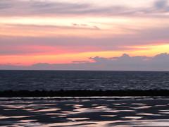 zonsondergang + ganzen 29-11-2009 (johanbolijn) Tags: zonsondergang ganzen ameland wad