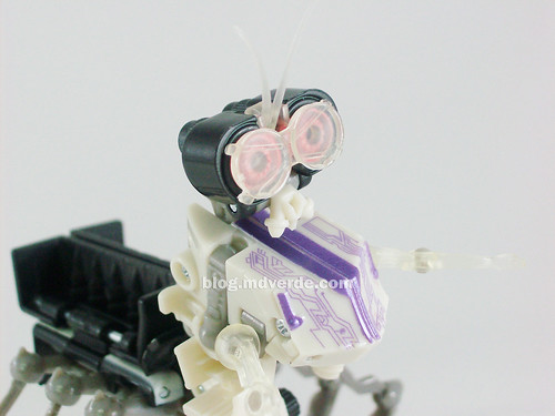 Transformers Scalpel RotF Scout - modo robot