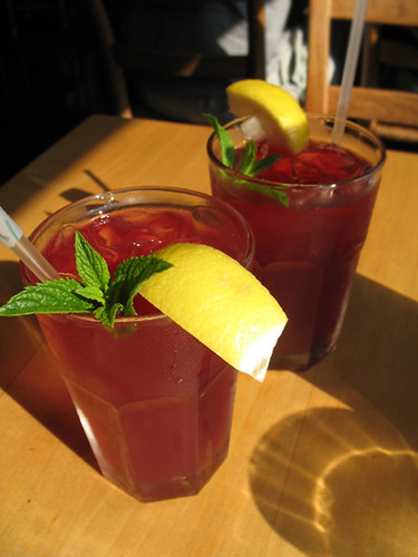 Hibiscus Peppermint Ice Tea