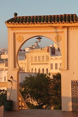Hotel Continental, Tanger, Maroc (Sekitar) Tags: city morning sun hotel town continental morocco maroc stadt maghreb ville kota tangier marokko tanger pagi afrique magreb nordafrika sekitar