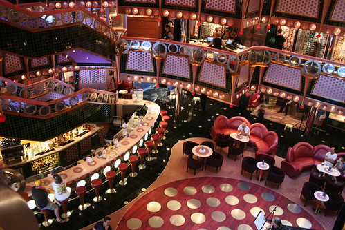 Artrium, Decks 3 and 4 (Carnival Splendor)