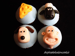 Tuesday Toppers: Wallace and Gromit Cupcakes