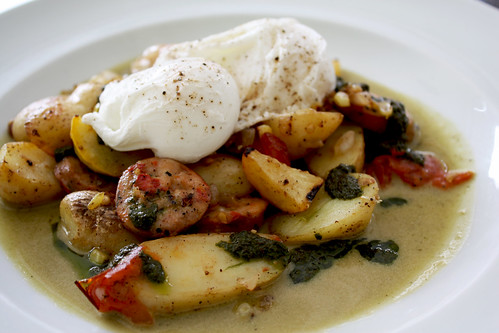Poached Eggs with Potatoes