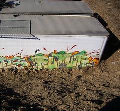 04-11-09 (5) cc (This Guy...) Tags: wisconsin graffiti graf milwaukee graff 2009 futur kog lgf