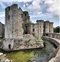 Raglan Castle (John the Neath) Tags: tower castle water stone wales flag lillies raglan moat 204 medievel posterngate greattower casw yurret apronwall