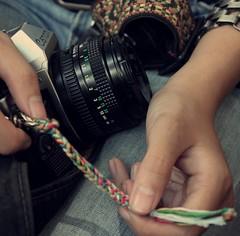 (Syka Lê Vy) Tags: love film 35mm canon hands jean vietnam vy canonae1 dreamer 2009 sleepwalker lê syka vắng fromsykawithlove sykalevy lehoangvy sundayspirit