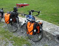 My loaded Cross-Check (Hobbes vs Boyle) Tags: surly fingerlakes ortlieb biketouring crosscheck
