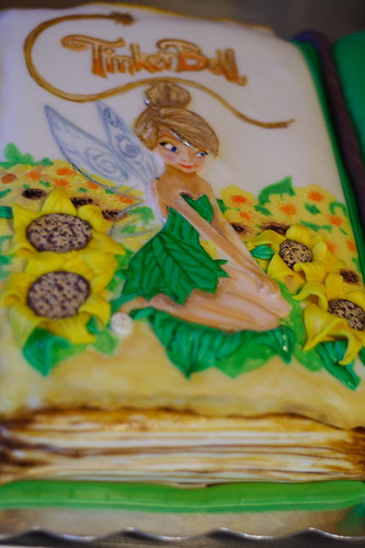 Ellies3rd Bday cake057
