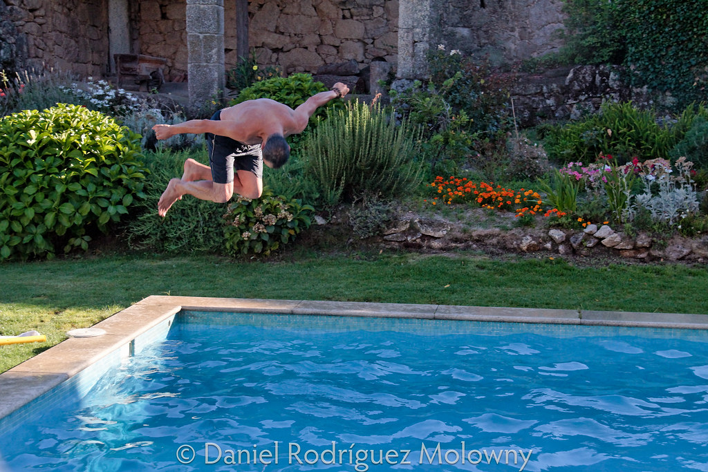 The World 39 S Best Photos Of Piscina And Pose Flickr Hive Mind