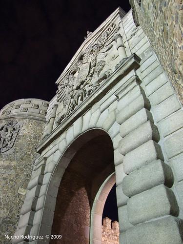 Puerta de la Bisagra (Toledo)