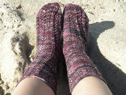 Fraggle Squiggle Socks (2)