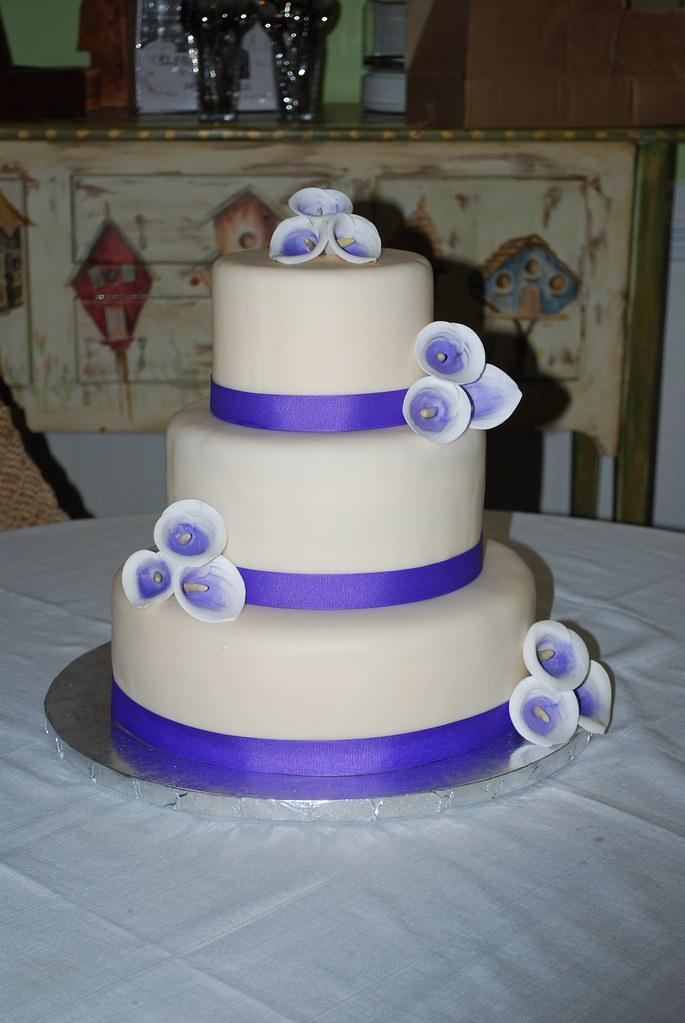 Picasso Lily Wedding Cake